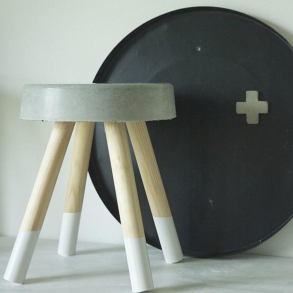 krukje beton wit