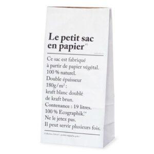 le petit sac en papier the small paperbag