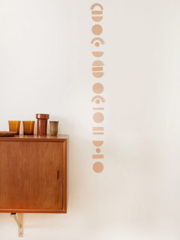 Jurianne Matter slinger abstrakt beige Villa Madelief