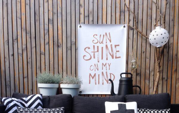 Tuinposter wit terra sunshine