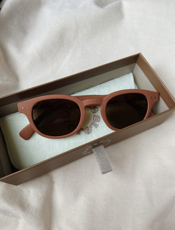 Konges Slojd zonnebril junior amber Villa Madelief