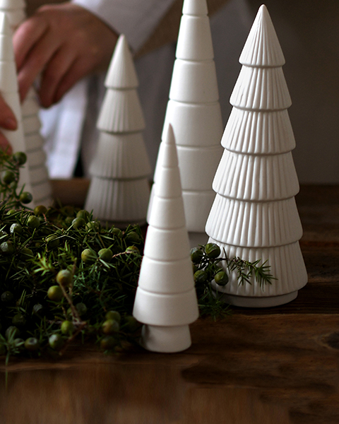 Storefactory keramieken kerstboompje